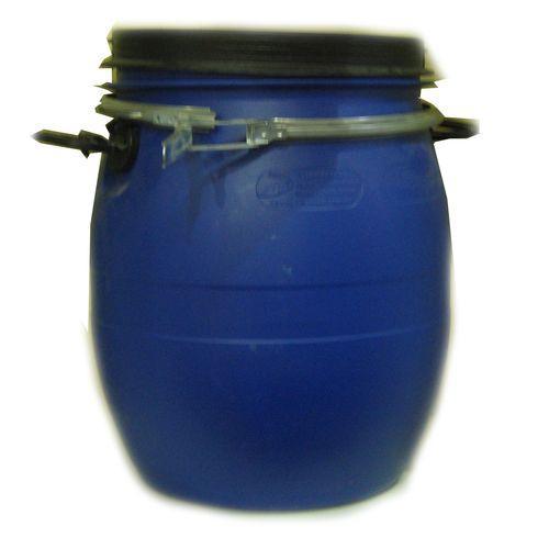 Бочка пластиковая пищевая с хомутом.